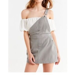 NWT URBAN OUTFITTERS BDG GREY OVERALLS SZ L